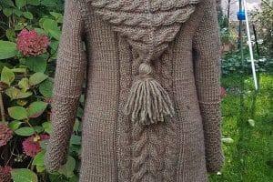 Chompas con capucha para mujer a 2 agujas